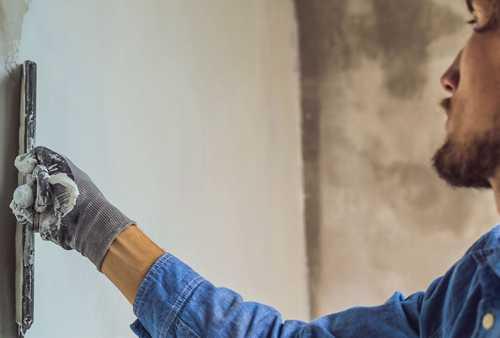 Reparatur und Sanierung nach Feuchteschaden